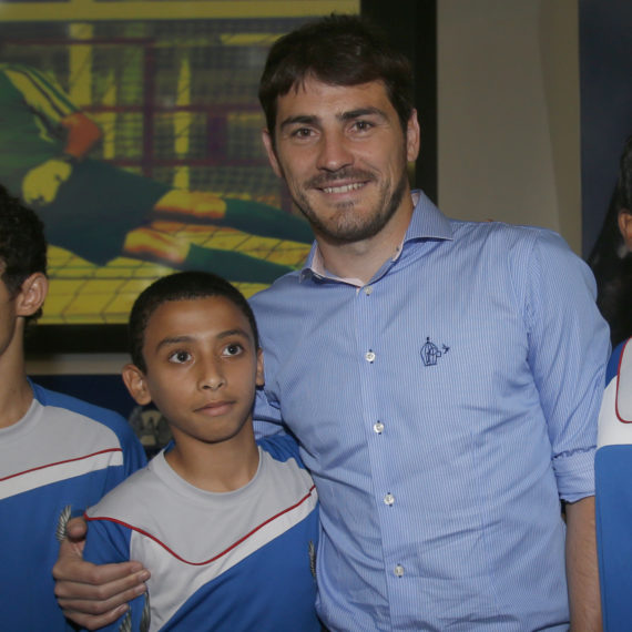 IKER-CASILLAS-VISIT-ASPIRE-205