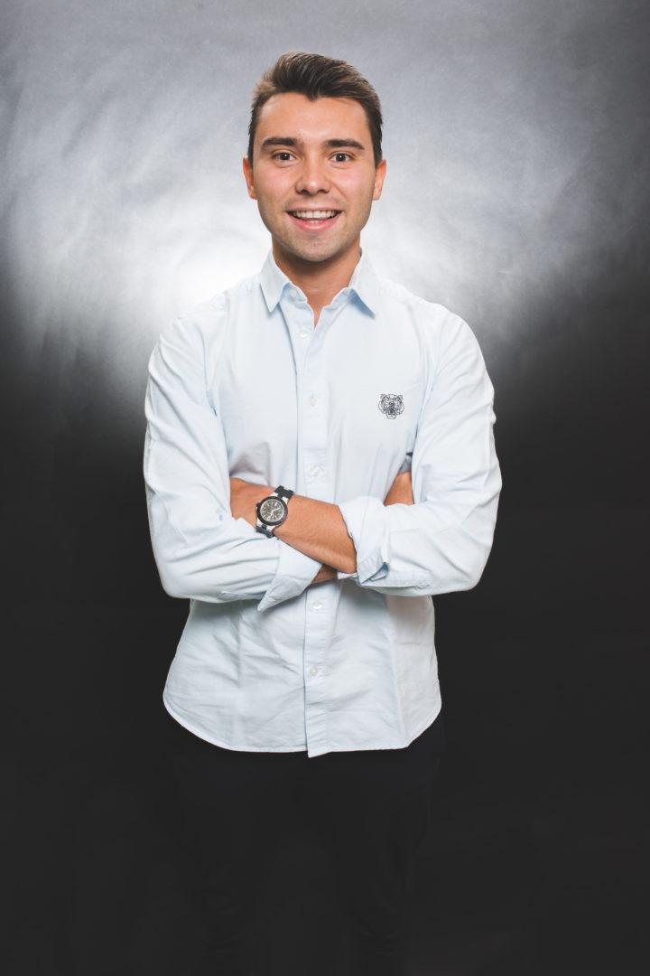 Estan Rodríguez es Football Manager en 380amk.
