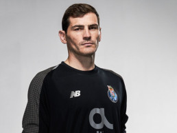 Iker Casillas es el portero del FC Porto